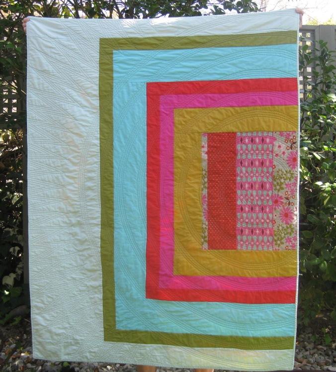 Concentric quilting on Vonnie's Quilt by Kendra Nitta @missknitta www.missknitta.com